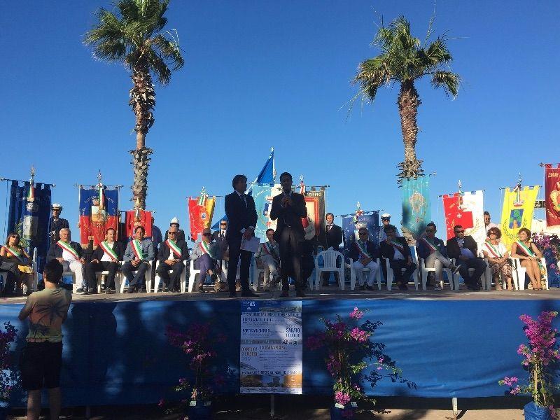 Consegna-delle-bandiere-blu-a-Porto-Sant'Elpidio